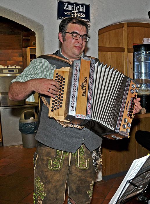 Werner Gassner, Ostermünchen - Steirische Harmonika spielen